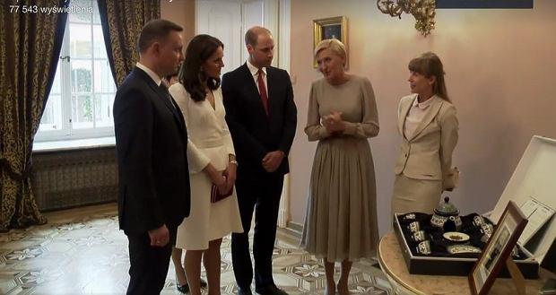 Zdjęcie numer 8 w galerii - Andrzej Duda podarował Kate i Williamowi szablę. A co dostali w zamian? Klasyczny zestaw