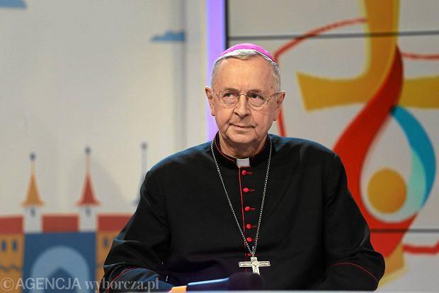 Niezwykły prezent księży na 25-lecie sakry biskupiej abp. Gądeckiego