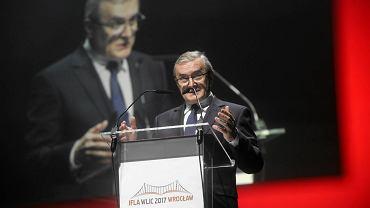 Minister kultury Piotr Gliński na otwarciu Światowego Kongresu Bibliotekarzy IFLA WLIC we Wrocławiu