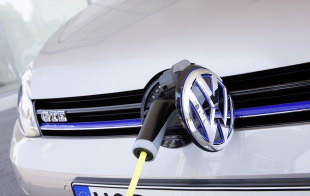 Miliard euro dla niemieckich kierowc�w. Porozumienie rz�du, VW, BMW i Mercedesa