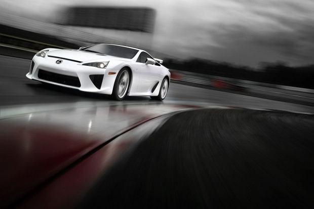 Lexus sk�ada ho�d modelowi LFA | Wideo