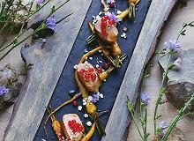 Pol�dwiczka wieprzowa z m�odym pasternakiem i porzeczk� - ugotuj