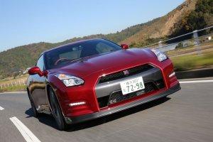 Nissan GT-R i 370Z autonomicznymi samochodami?