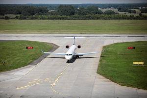 Samolot Lufthansy pomyli� pasy. Wyl�dowa� na budowanej drodze startowej