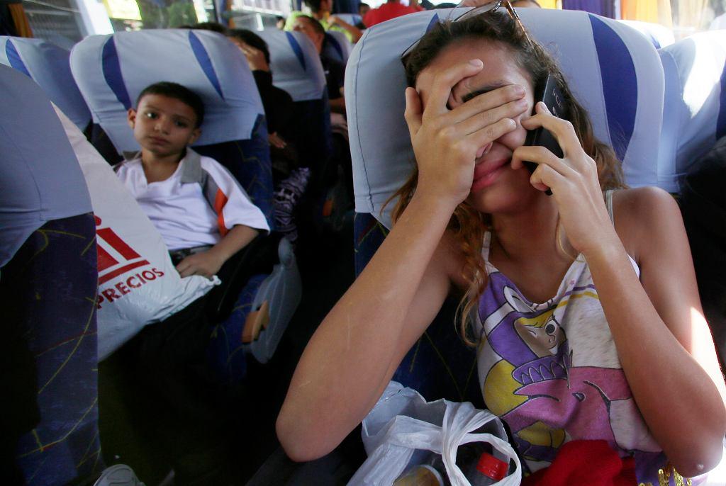APTOPIX Ecuador Venezuela Migrants