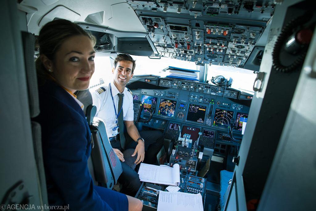 Boeing w barwach Ryanair przed odlotem z lotniska Ławica. Poznań, 30 października 2017
