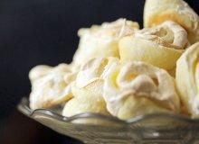Bezowe ciasteczka różyczki  - ugotuj
