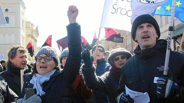 Manifestacja przeciwko rasizmowi i faszyzmowi