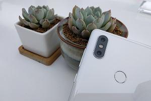 Jednak kupujemy więcej smartfonów. Huawei rośnie w siłę, ale to Xiaomi jest czarnym koniem na rynku