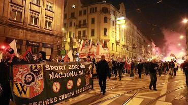 """Tak wyglądał """"marsz patriotów"""" w 2014 r."""