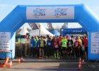 Ludzie z �elaza nad Malt�. Biegacze i triathloni�ci startowali razem