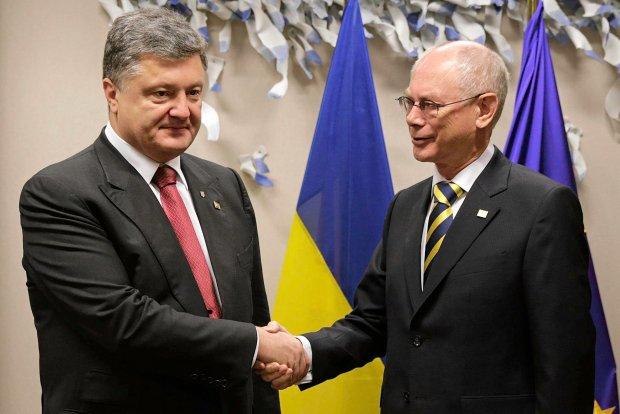 Prezydent Ukrainy Petro Poroszenko i szef Rady Europejskiej Herman van Rompuy