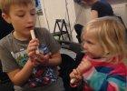 W co się bawić (nie tylko) z dziećmi? Na przykład w robienie instrumentów!