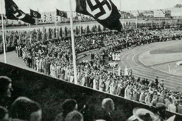 z19513491V,Stadion-Adolfa-Hitlera-w-mies