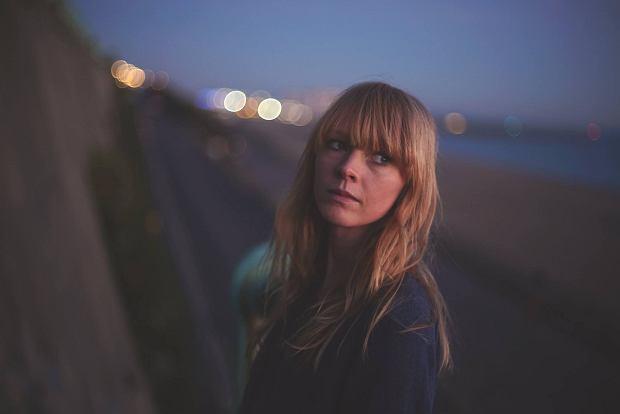 Lucy Rose przemierzy pół świata dla ludzi, którzy kochają jej muzykę [ROZMOWA]