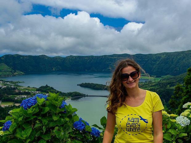 Kamila Kowalewska na wyspie Sao Miguel, Azory
