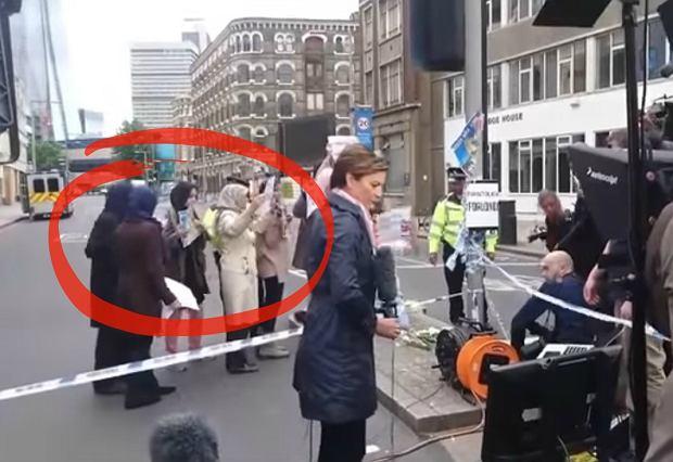 """Reporterka """"ustawiła"""" pikietę muzułmanów w Londynie? CNN tłumaczy się z tego nagrania"""