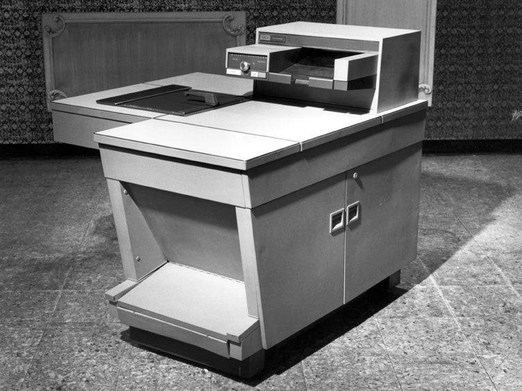 Xerox 914 - pierwszy automat do kopiowania firmy Xerox