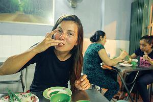 Od kolacji na Stadionie Dziesięciolecia do własnego programu w wietnamskiej telewizji