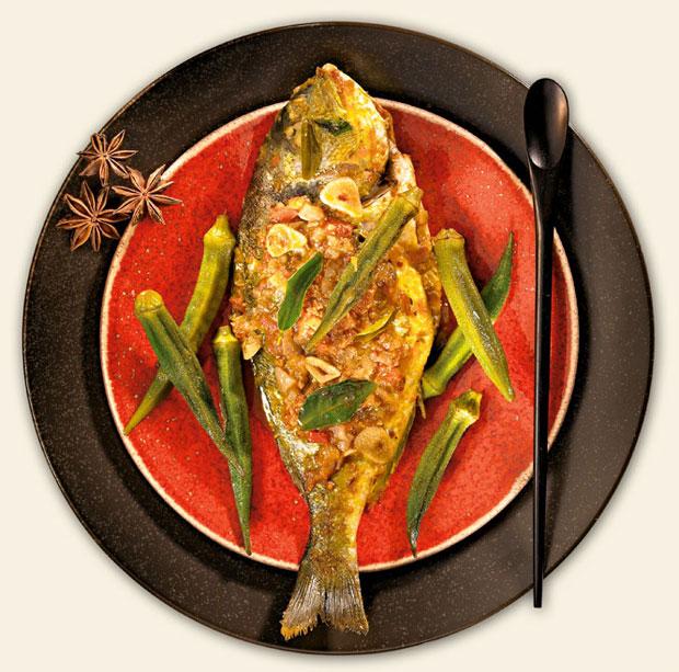 kuchnia, kuchnie świata, Kuchnia: jak hinduskie curry podbiło świat, Pieczona ryba w sosie curry