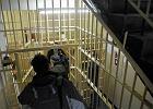 """Narkotyki, tortury, katowani ludzie. Reportaż Kopińskiej o horrorze w płockim więzieniu w """"Dużym Formacie"""""""