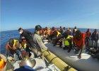 Zn�w zaton�a ��d� z imigrantami. W�osi prosz� Europ� o pomoc