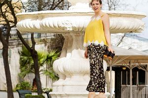 Kwiatowe wzory dla puszystych - idealne na wiosnę [Moda plus size]