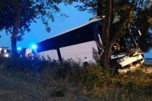 Wypadek busa z pracownikami Amazona. Kierowca nie �yje [FOTO]