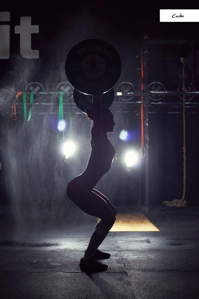 Zdjęcie numer 14 w galerii - Rozebrane atletki. Naga fotografia sportowa Dominiki Cuda