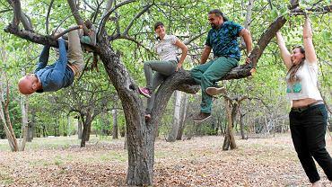 Założyciele ogrodu społecznościowego w Forcie Bema