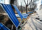 Zniszczony płot w Ogrodzie Krasińskich