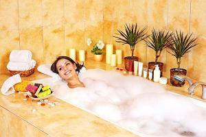 Czy to prawda, że kąpiel szkodzi skórze?