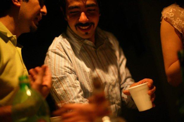 W Iranie za picie alkoholu grozi 80 bat�w. Powstanie tam 150 o�rodk�w leczenia na�ogu. Ale czy b�d� ch�tni?