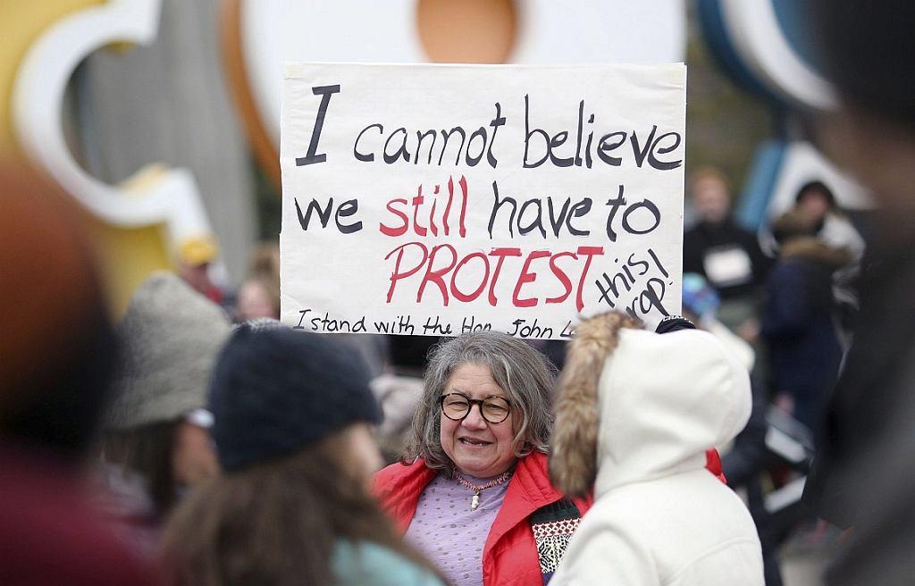 Diana Angus na 'siostrzanym' marszu kobiet w Columbus, Ohio, 15.01.2017 (fot. Brooke LaValley/AP)