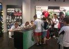 Pi�karze Legii spotkali si� z kibicami w warszawskim centrum handlowym