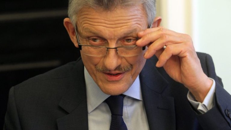 B. prokurator z czasów PRL, poseł PiS Stanisław Piotrowicz