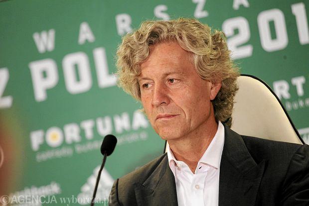 """Dziwny wpis prezesa Legii Warszawa. Dariusz Mioduski """"Gdzie są k.... transfery!!!"""""""