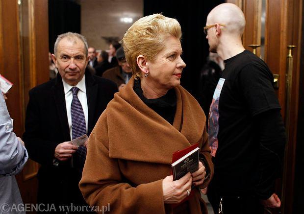 Minister Beata Ma�ecka-Libera proteguje matk�. Gniew chorych jest zrozumia�y [KOMENTARZ]