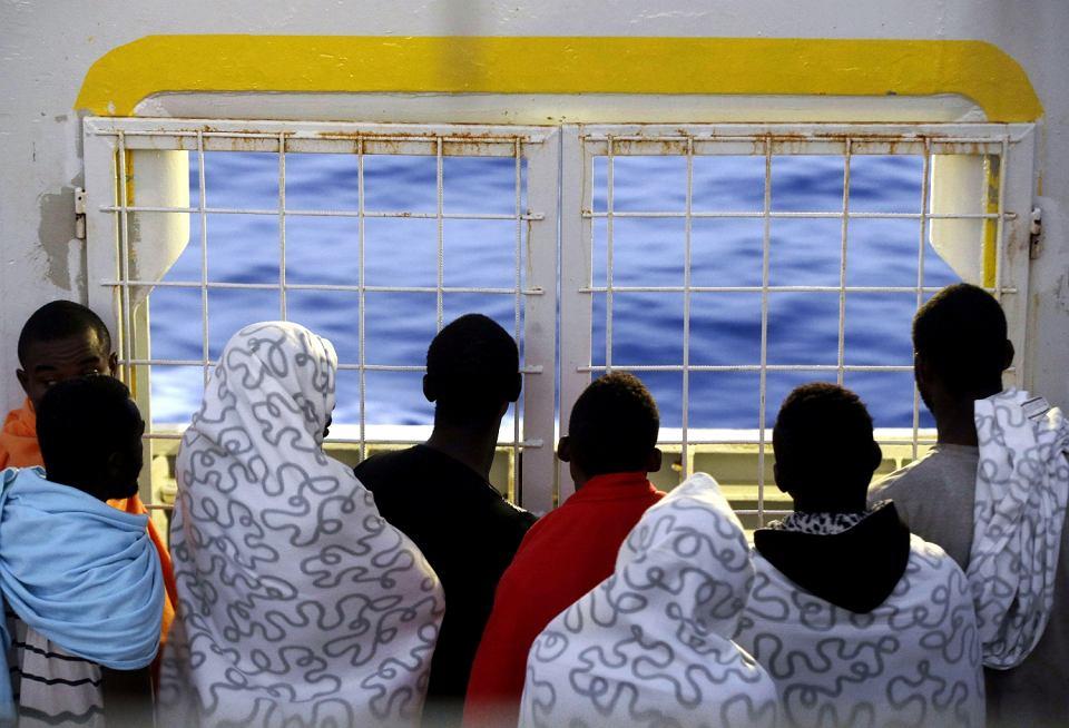 Uchodźcy uratowani na Morzu Śródziemnym przez norweski statek