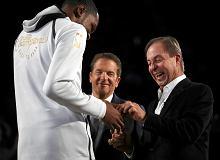 NBA. Golden State Warriors odebrali wyjątkowe mistrzowskie pierścienie [WIDEO]