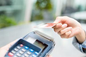 600 mln zł dla sklepikarzy: na terminale płatnicze i prowizje
