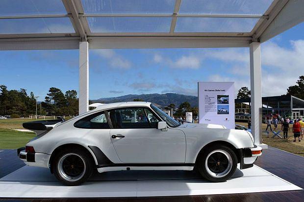 Porsche 911 Carrera Turbo Look