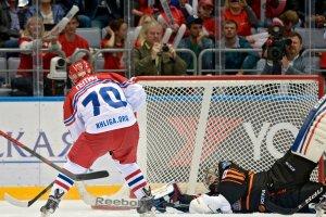 Hokej. Osiem goli Putina w meczu z by�ymi zawodnikami NHL