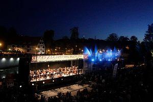 Opera na wodzie. Wyj�tkowy koncert na koniec wakacji