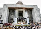Prezydent, urz�dnicy na mszy dzi�kczynnej za 25 lat wolno�ci i kanonizacj� Jana Paw�a II
