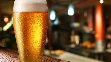 """Ile czasu potrzeba by organizm """"pozbył"""" się jednego piwa?"""