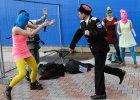 Członkinie Pussy Riot brutalnie zaatakowane w Soczi. Zbili je biczem, szarpali [WIDEO]