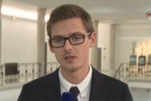 """Gwiazdor prawicowej TV Republika odchodzi. """"Zbieram na kevlar, mo�e dotr� na Wsch�d"""""""