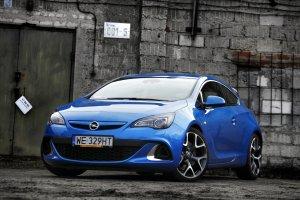 Opel Astra OPC | Test | Nie samym GTI cz�owiek �yje