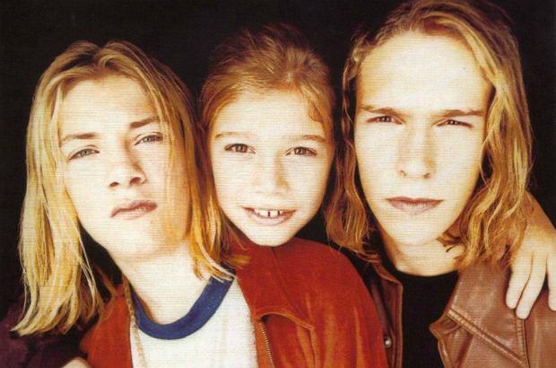 Braci Hanson w latach 90-tych kochała każda nastolatka. Teraz wracają, by świętować 25-lecie na scenie. Poznacie ich?